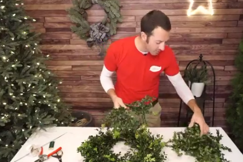 How to Make a Fresh Wreath video frame